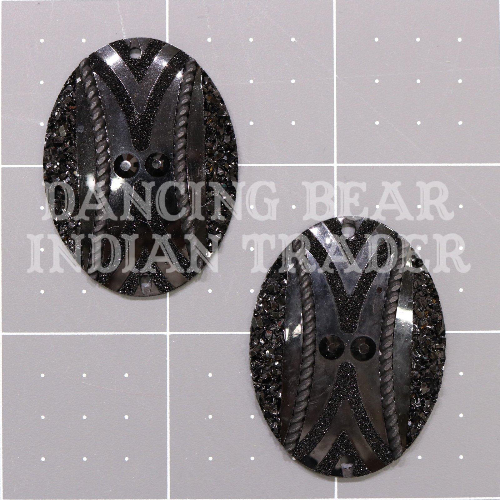 Sparkle Berry Native Pattern Oval 30x40mm Resin Cabochon Black