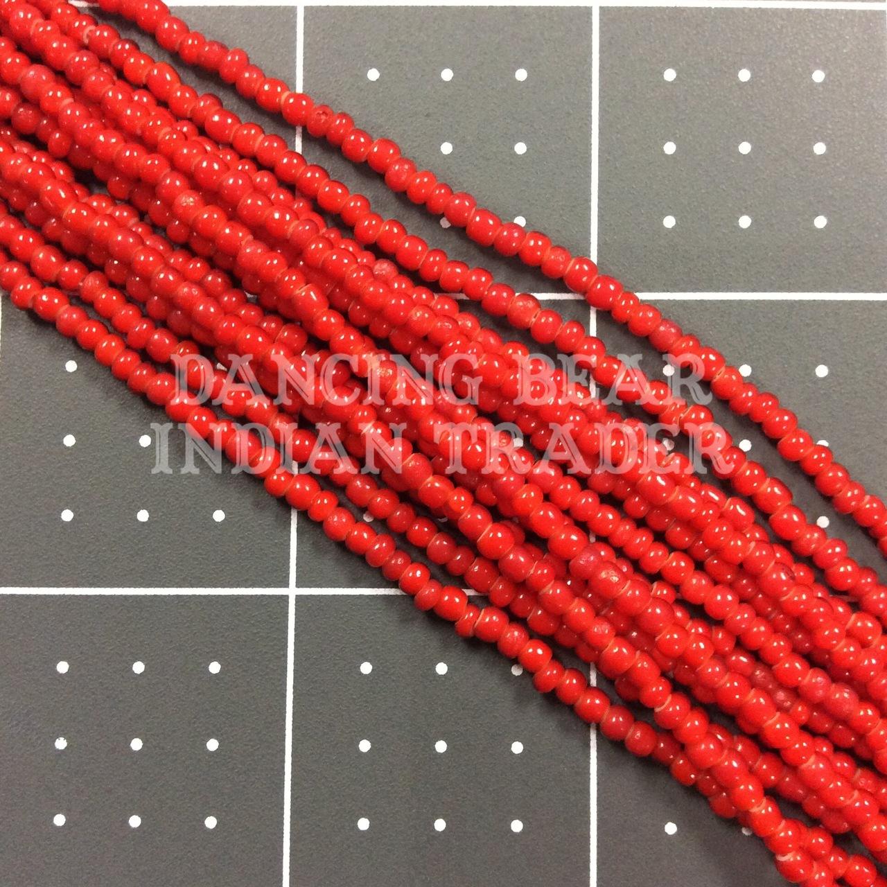 8/0-079WH Red Orange White Heart 1/2 Hk