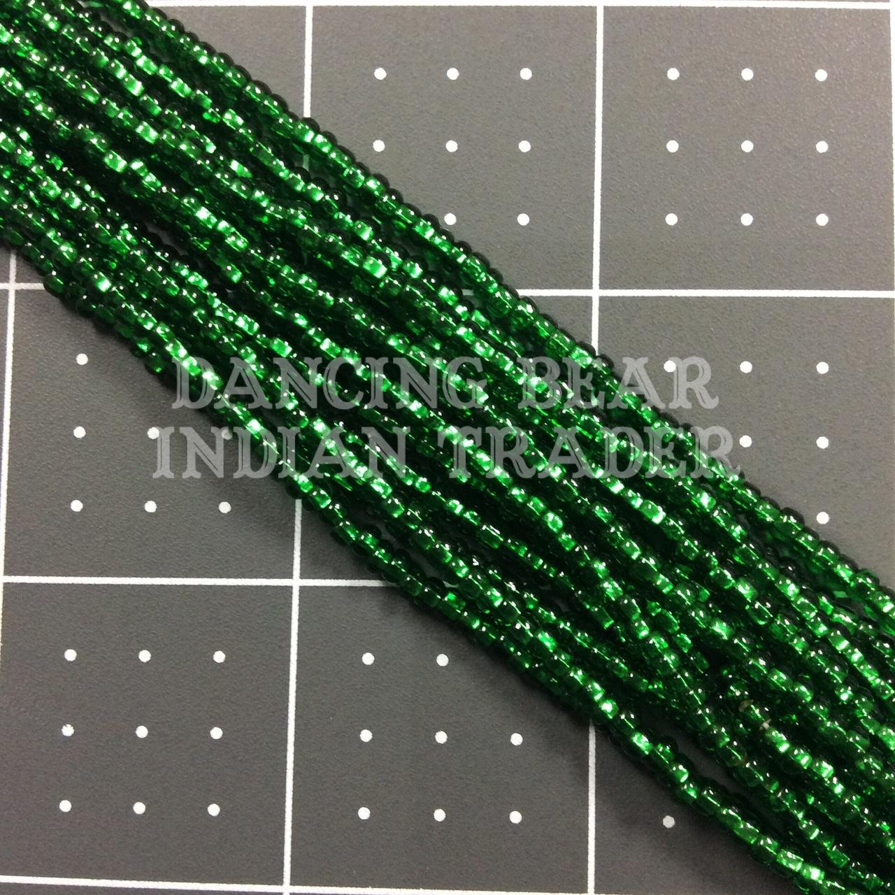 8/0-213SL Xmas Green Silver Lined Full Hk