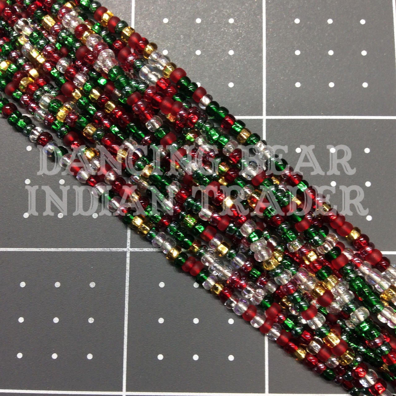 8/0-M1176 Xmas Silver Lined Mix 1/2 Hk