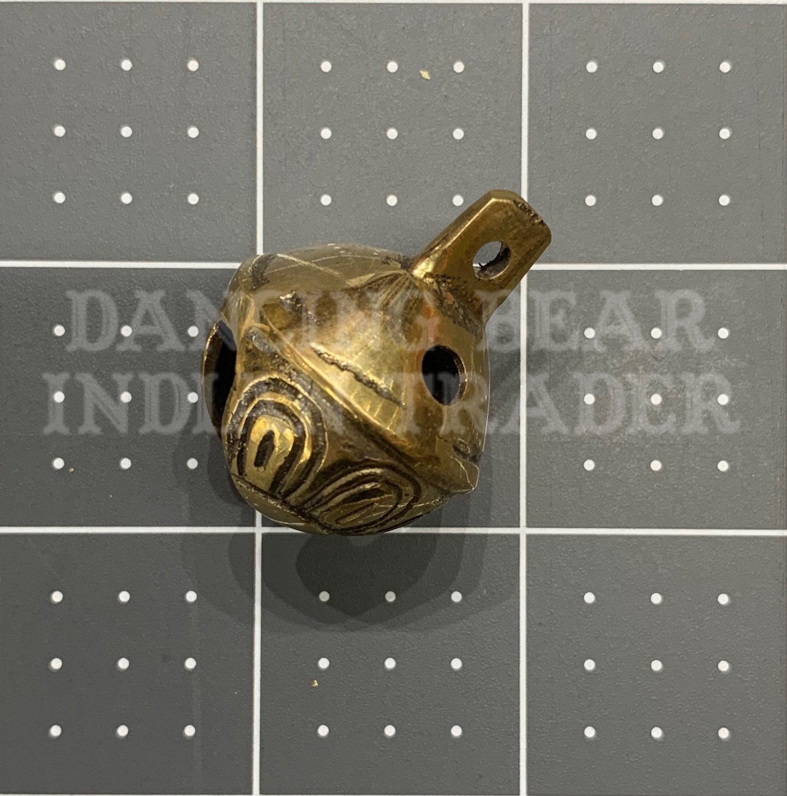 Brass bells 1 dozen