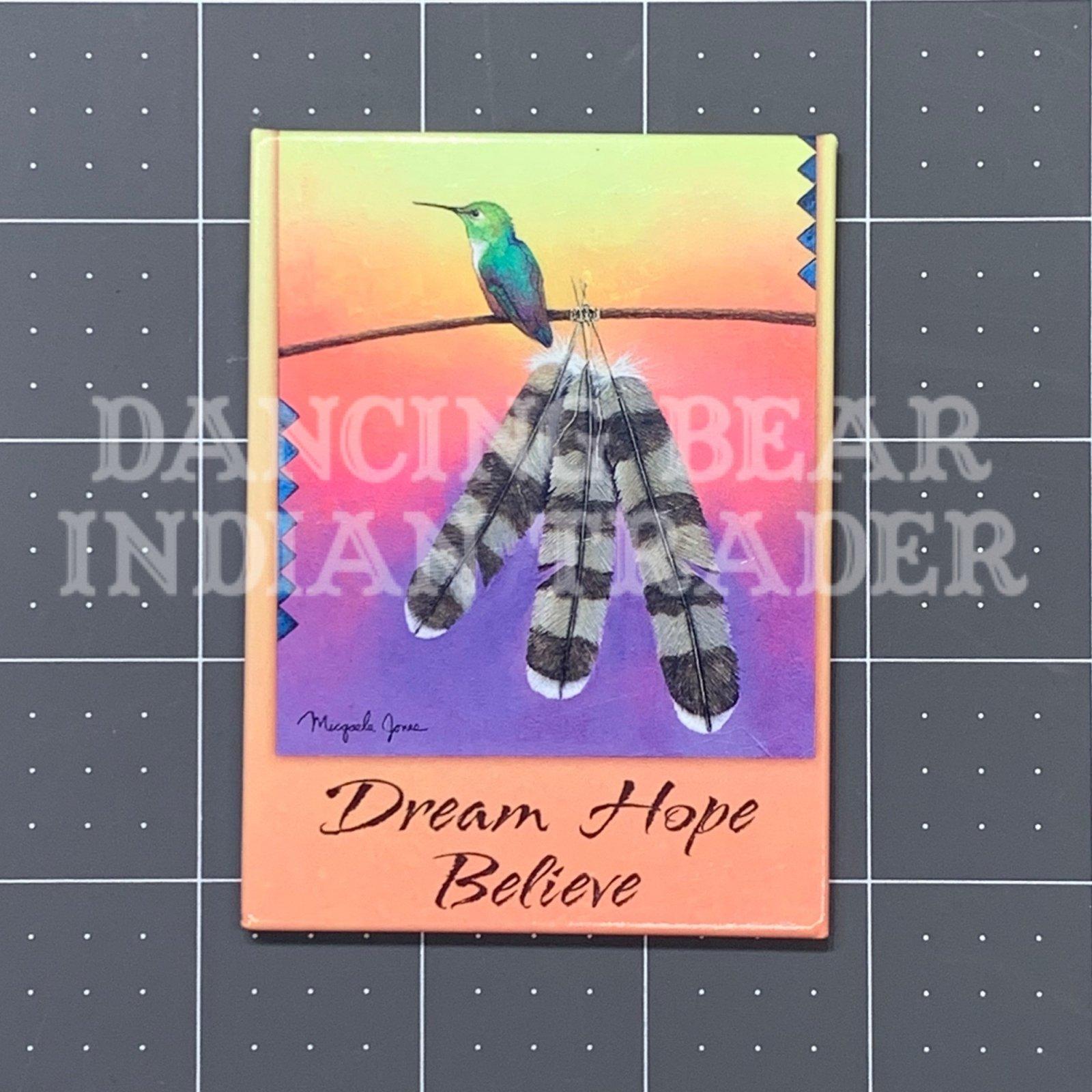 MAG31586 Hummingbird Hawk Feather