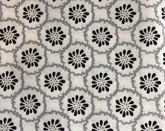 Clothworks Lilliana White Y2217-1