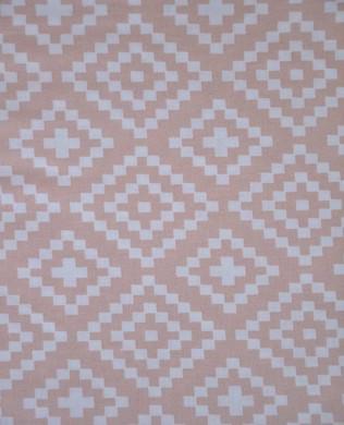 21431051 Geometric Pink