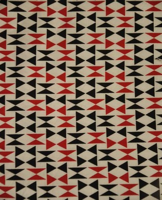2868 8 Red Triangles