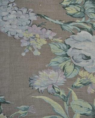 444660 C Brown Mauve Floral
