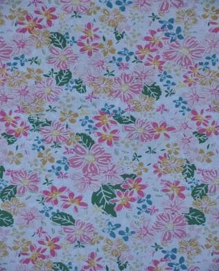 7123 Floral Cream