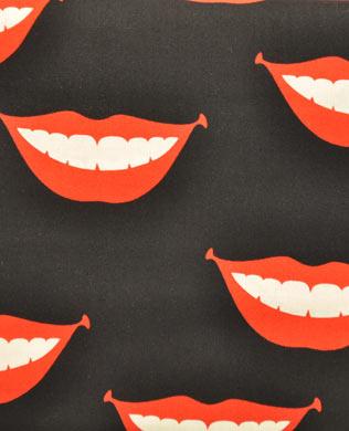 7803D Black Lips