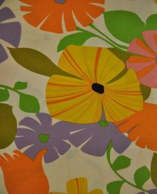 8261A Bisou Blossom Bright