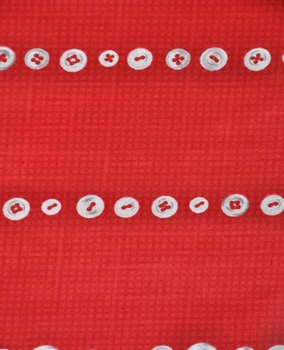 826322 A Red Buttons