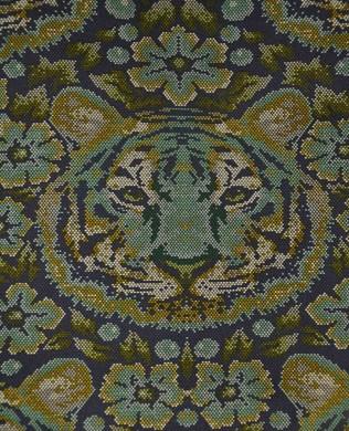 TP077 Sapph Crouching Tiger