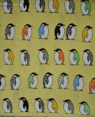 850227 13 Yellow Penguins