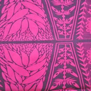 AM008 Dresden Plate Fuchsia