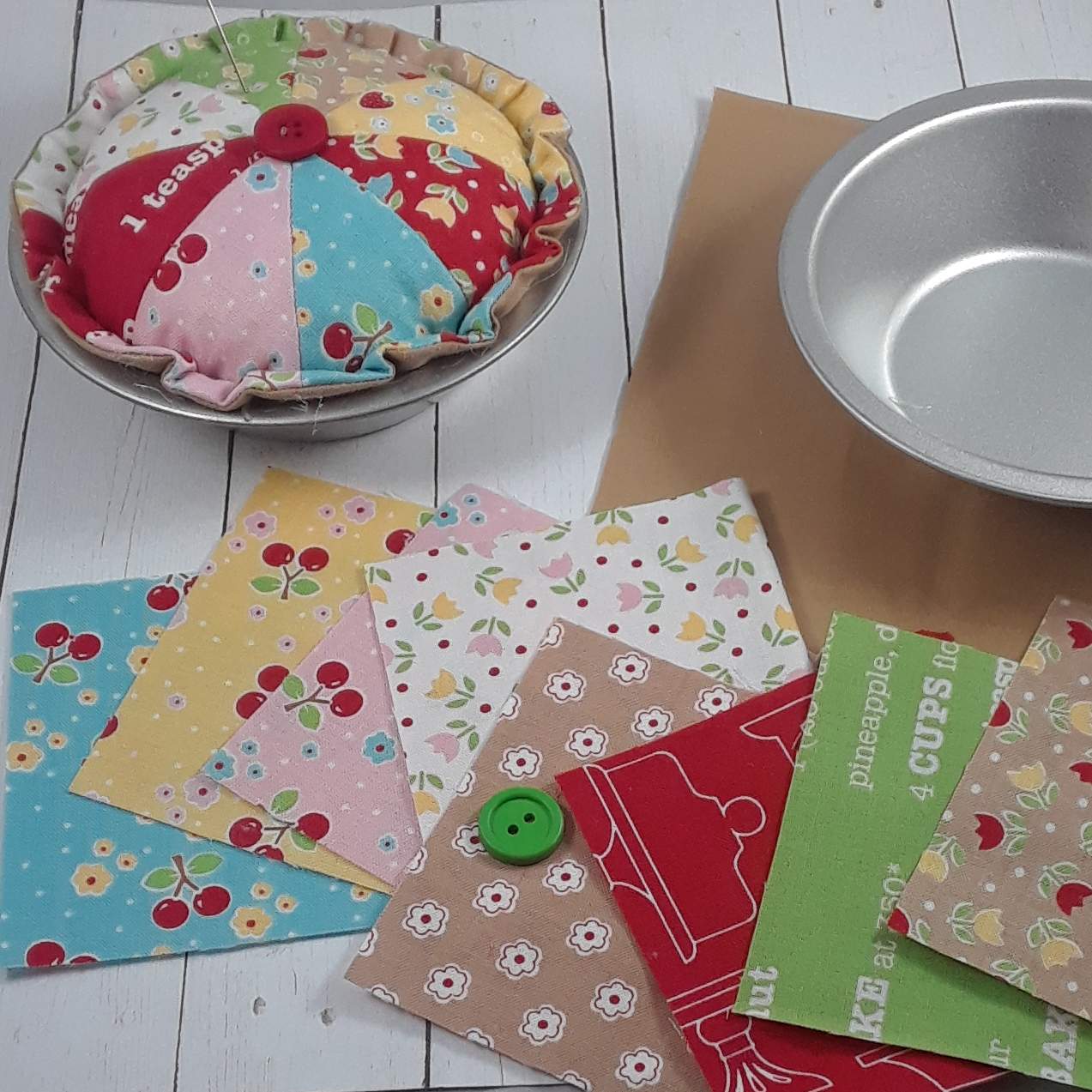 Cutie Pie Pincushion Kit