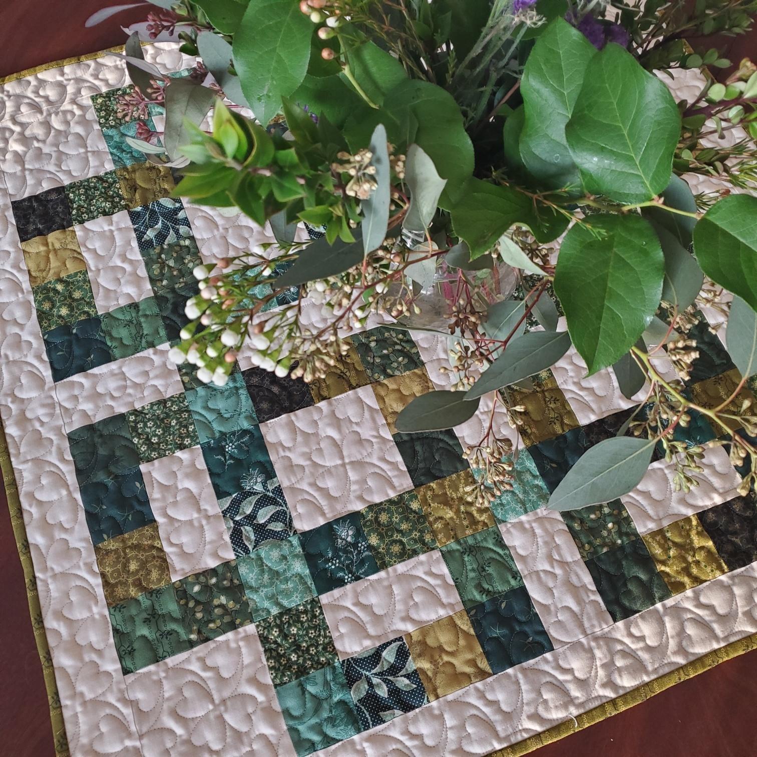 Celtic Clover Table Topper Pattern