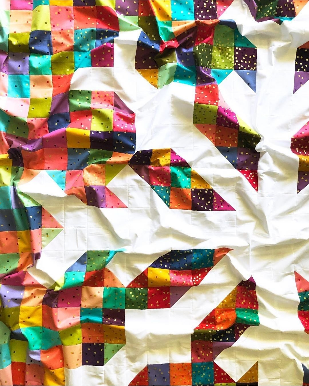Snowflake Quilt Kit - Ombre Confetti