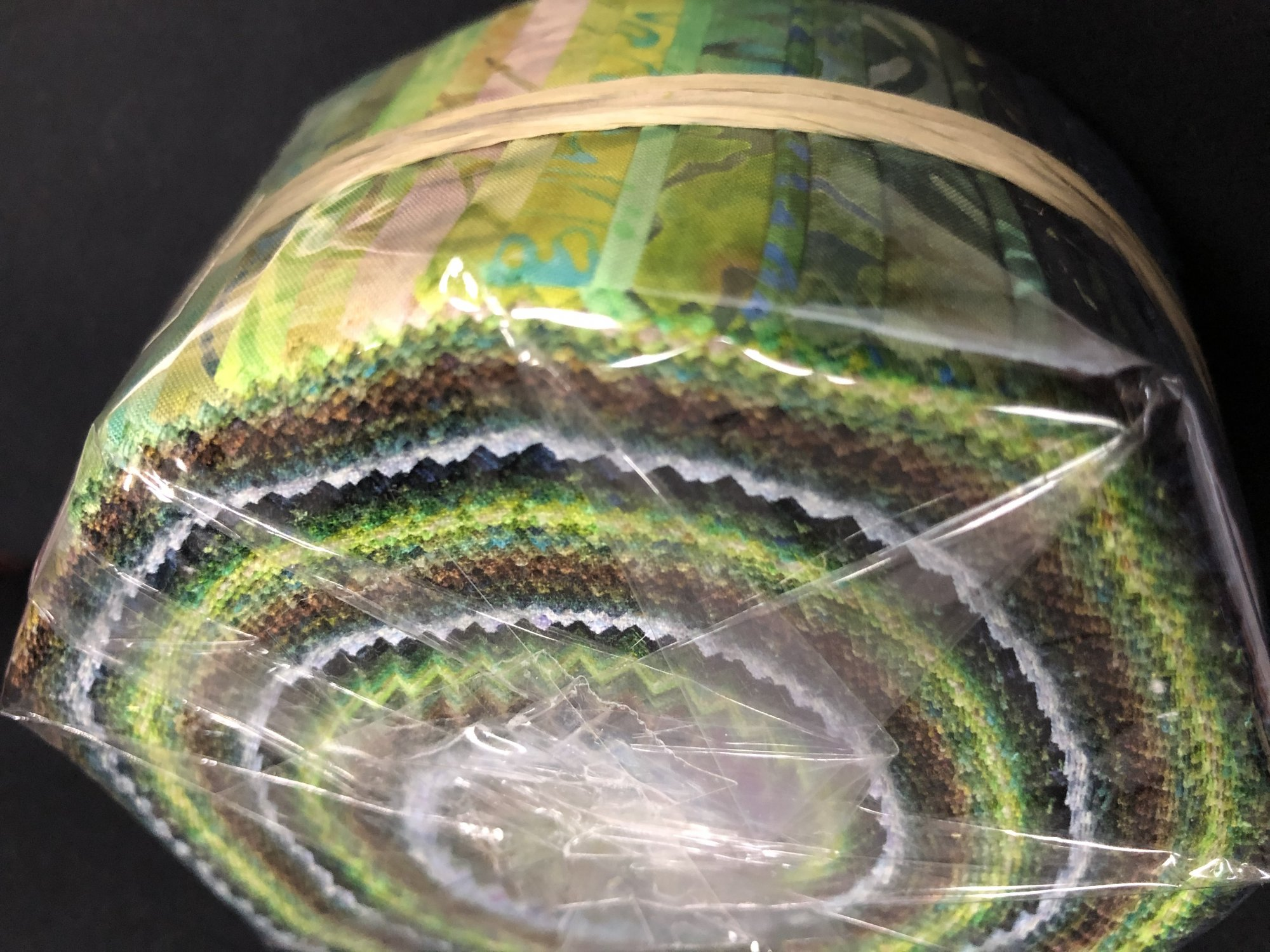 Batik jelly rolls - 40 strips
