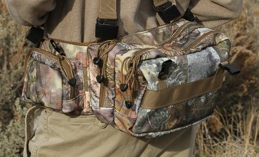 Fanny Pack (Camo) 750 c.i. integrates with Bino and Photo POD's