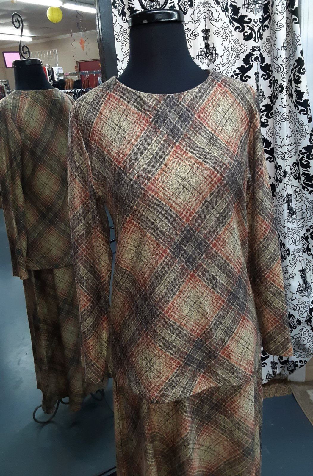 SL Brown/Rust Plaid Top