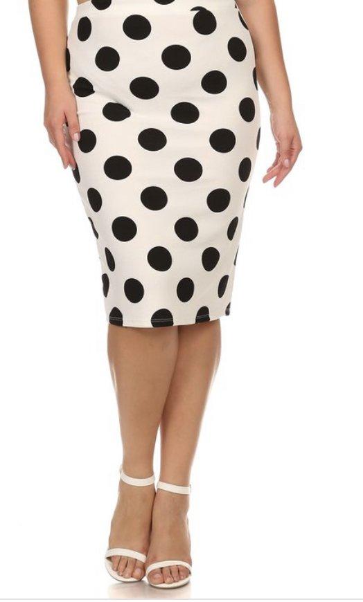 Plus Moa White w/black dots skirt