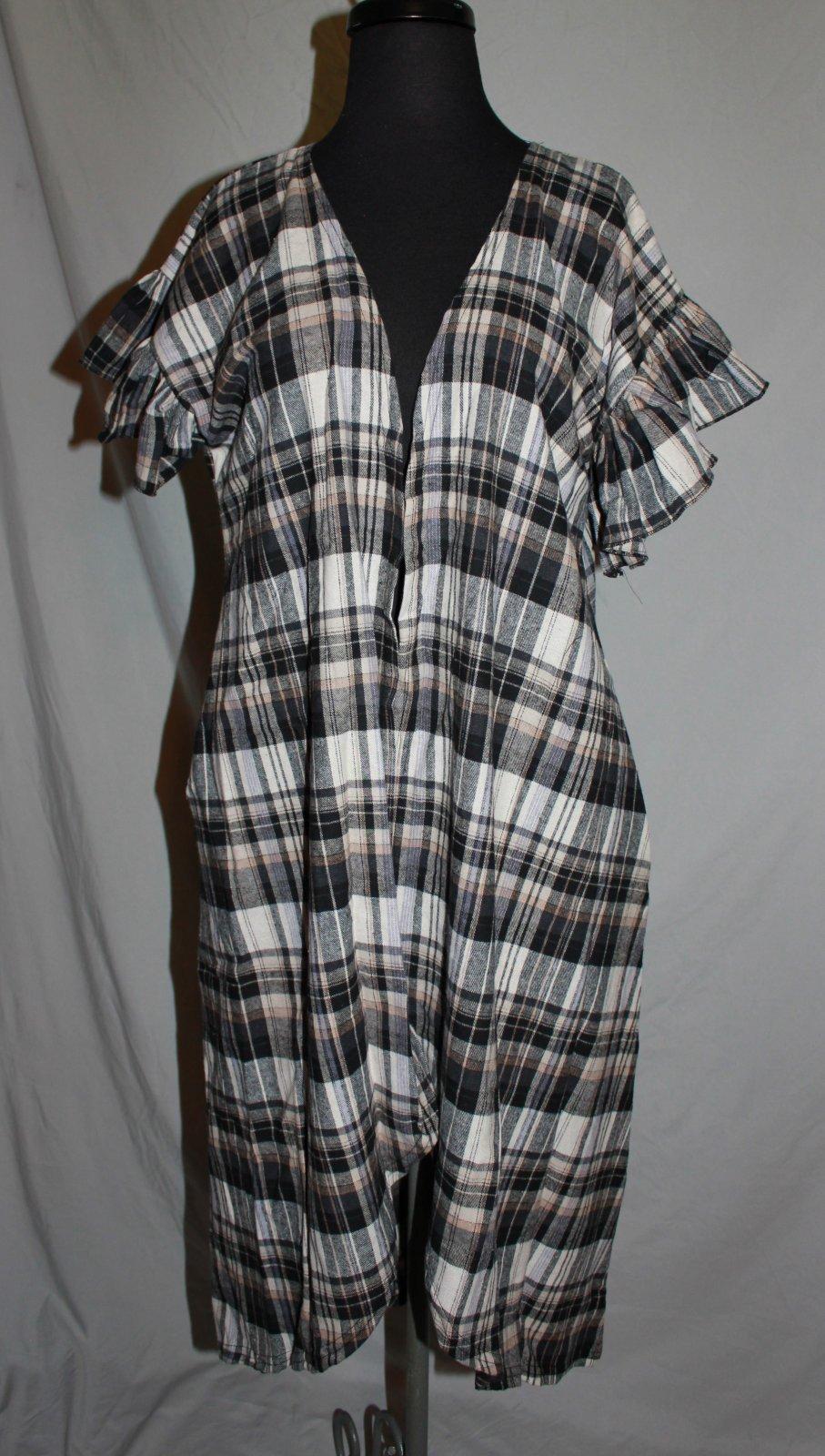 Black/Gray Plaid Flannel Vest