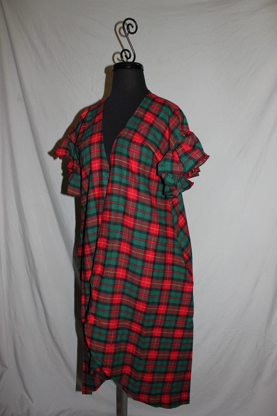 Red/Green Plaid Flannel Vest