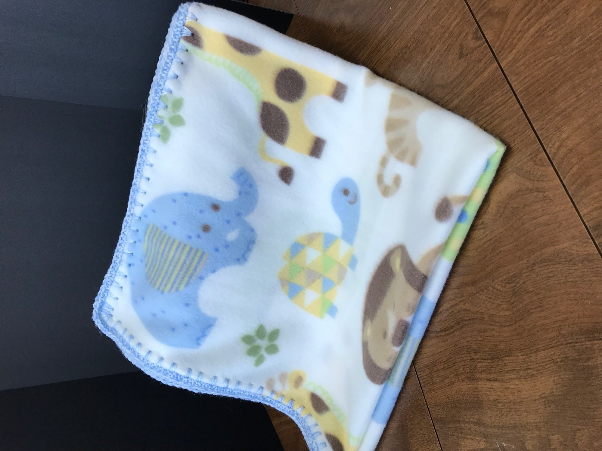 Cream/Blue Baby Animal Fleece Blanket with crochet border 28 x 30