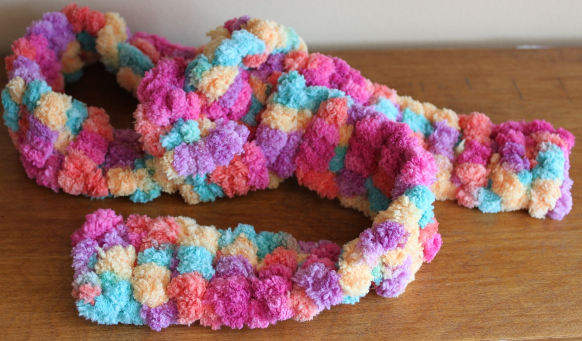Multi-color puffy scarf - small child