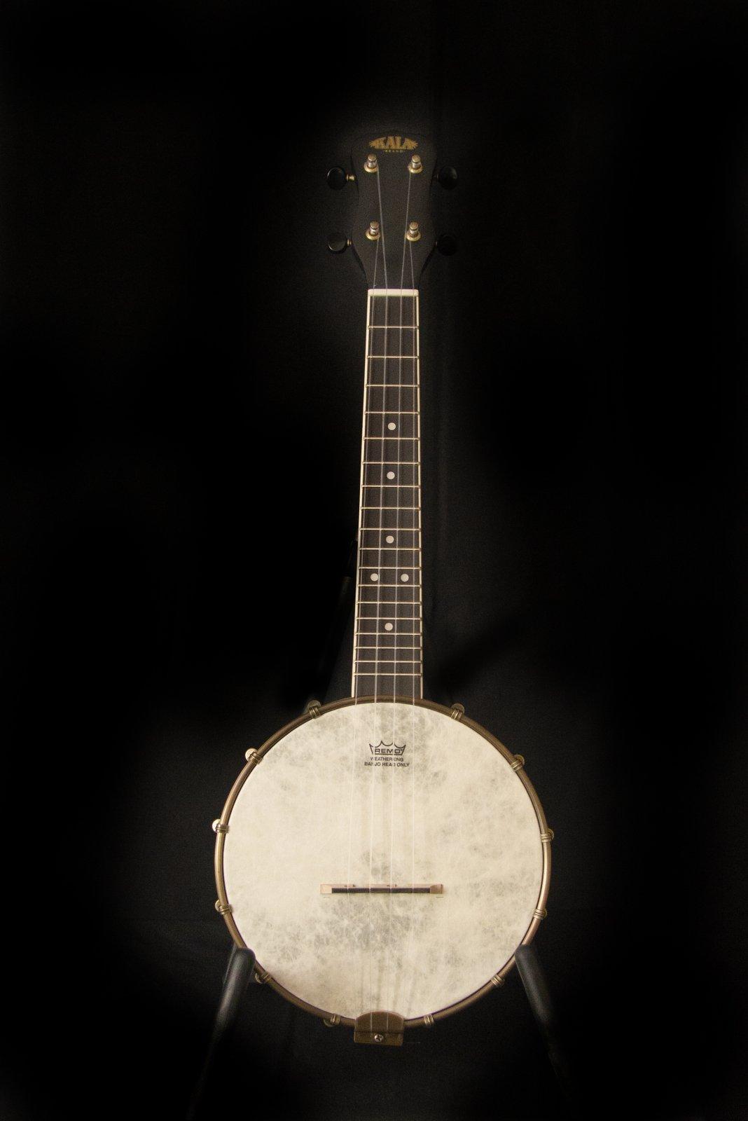 Kala Concert Banjo Ukulele, Black