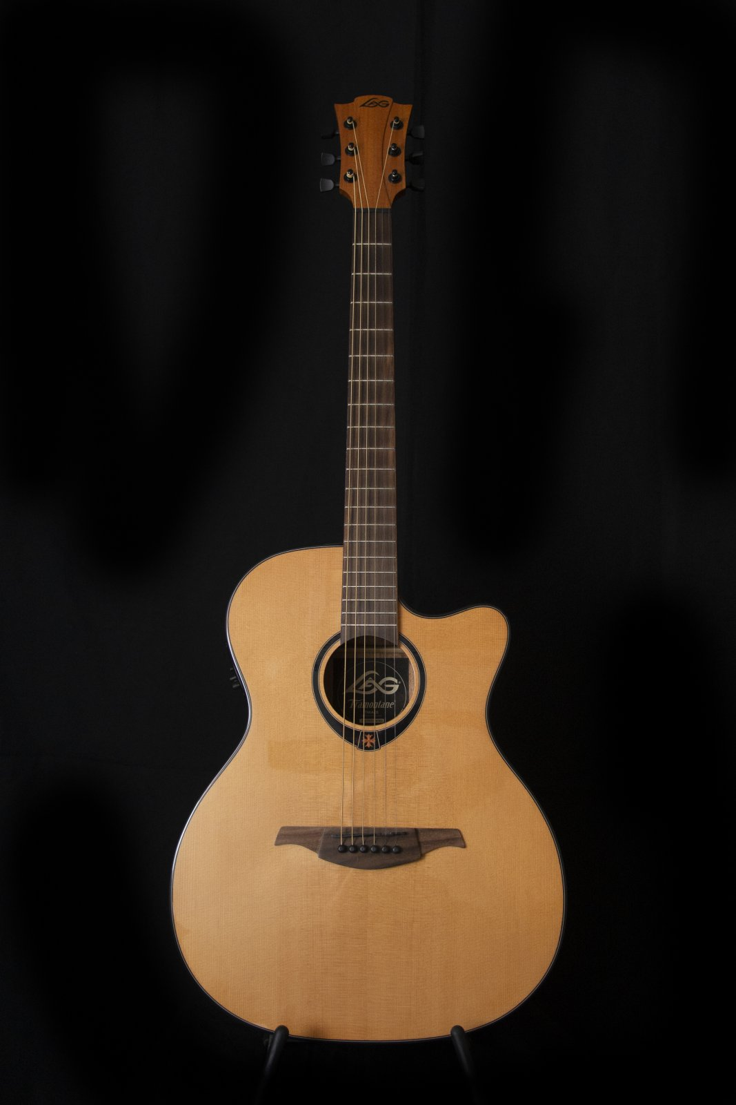 Lag Auditorium Cutaway Accoustic-Electric Guitar