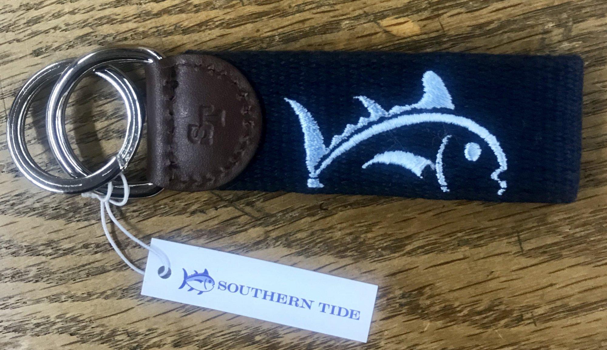 Southern Tide Rising Skipjack Key Fob
