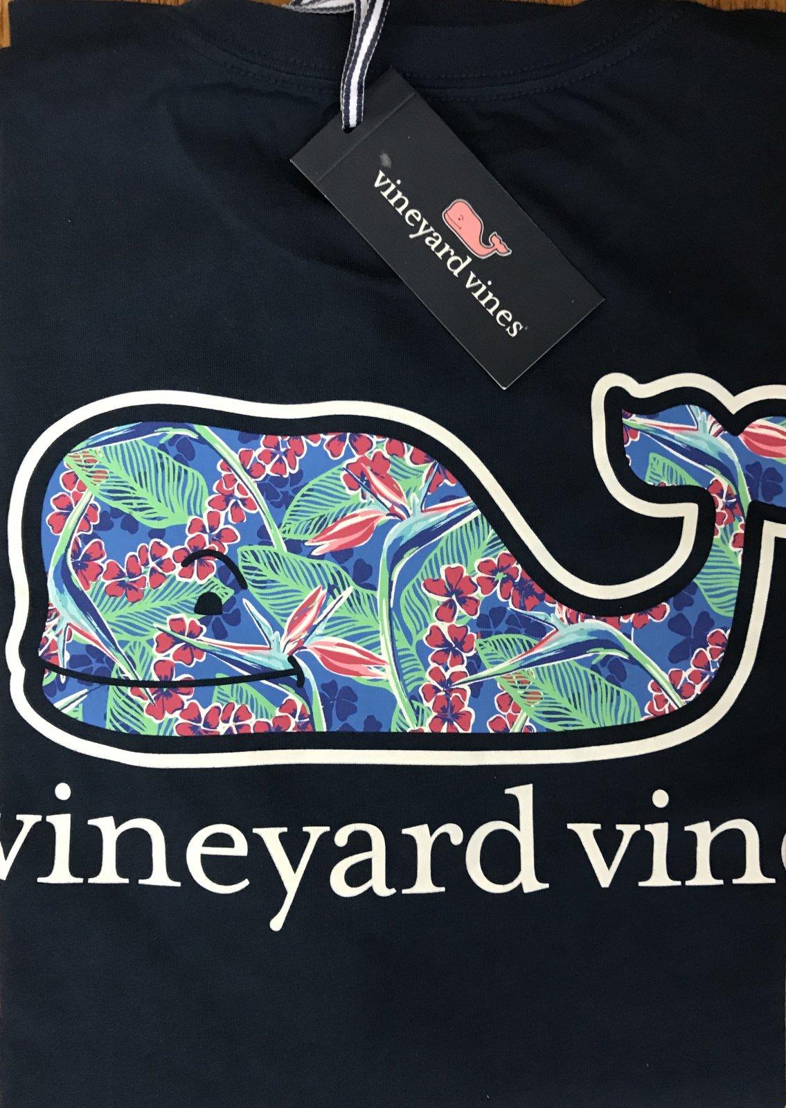 Vineyard Vines SS Flowers in Paradise WF T