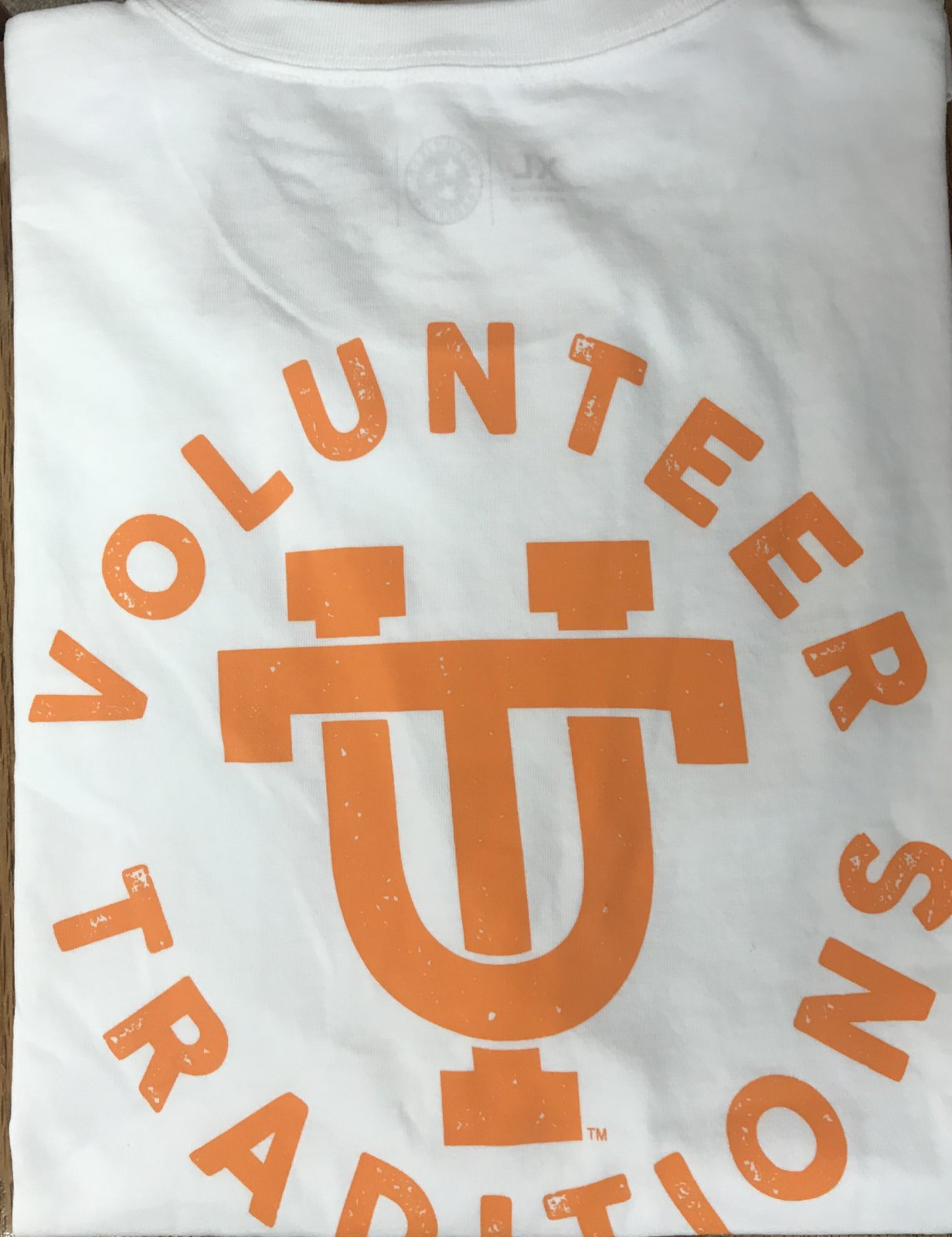 Volunteer Traditions Interlocking UT Pkt tee