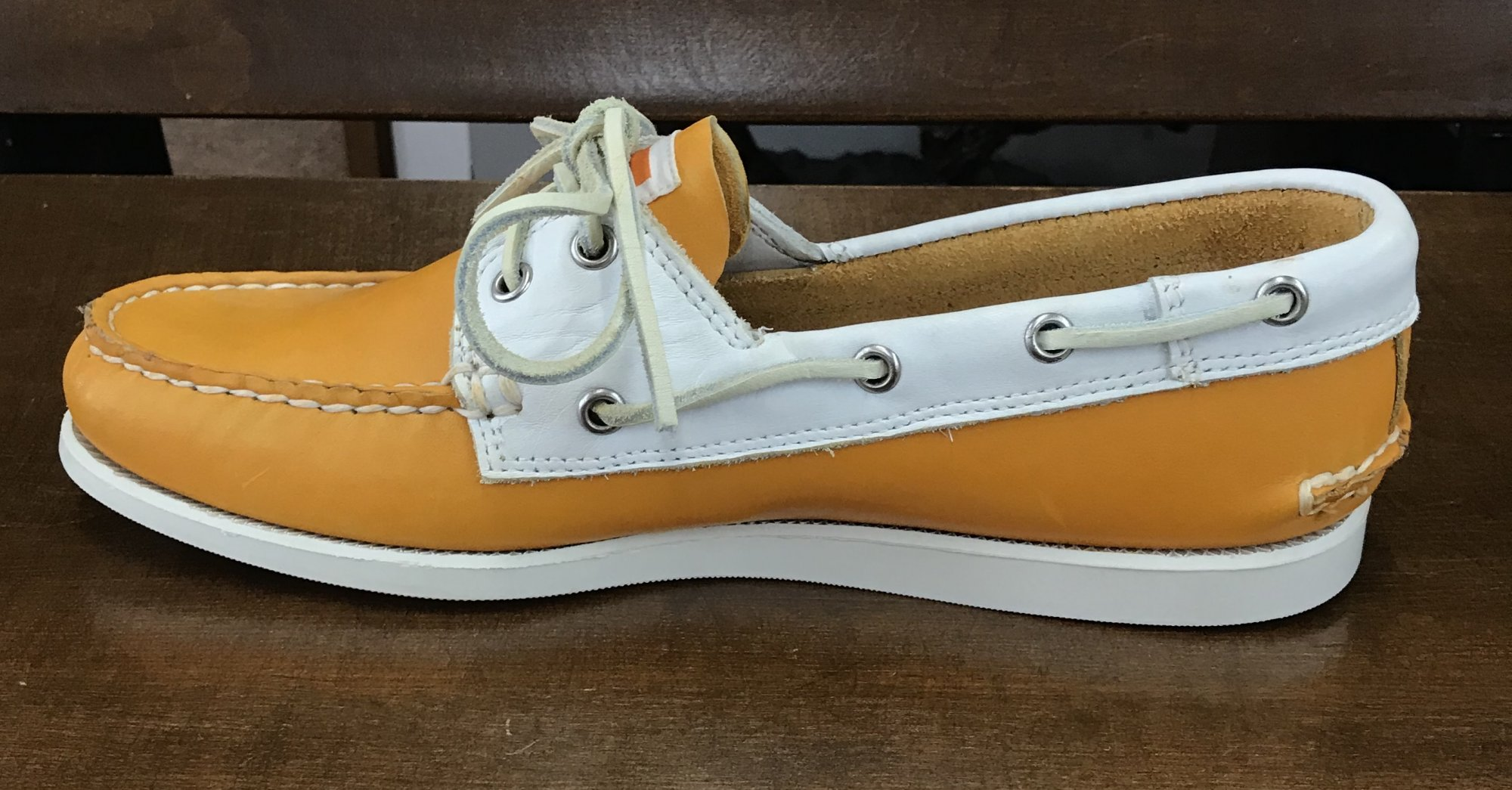 Chant Orange/White UT Shoe