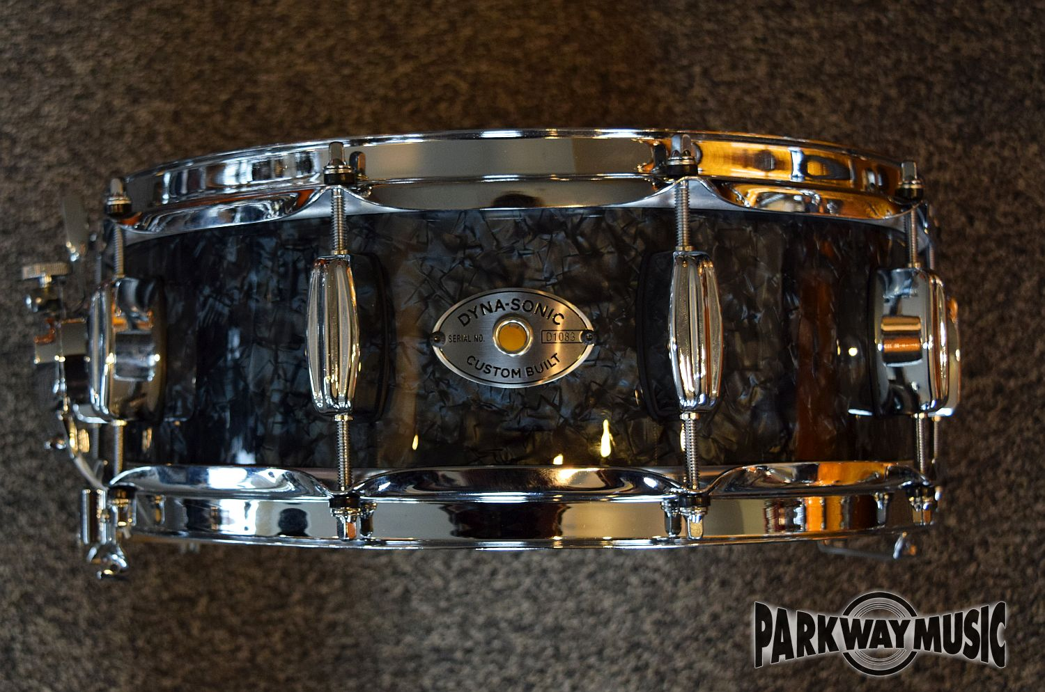 Rogers Wood Dynasonic 5 x 14 Snare in Black Diamond Pearl.