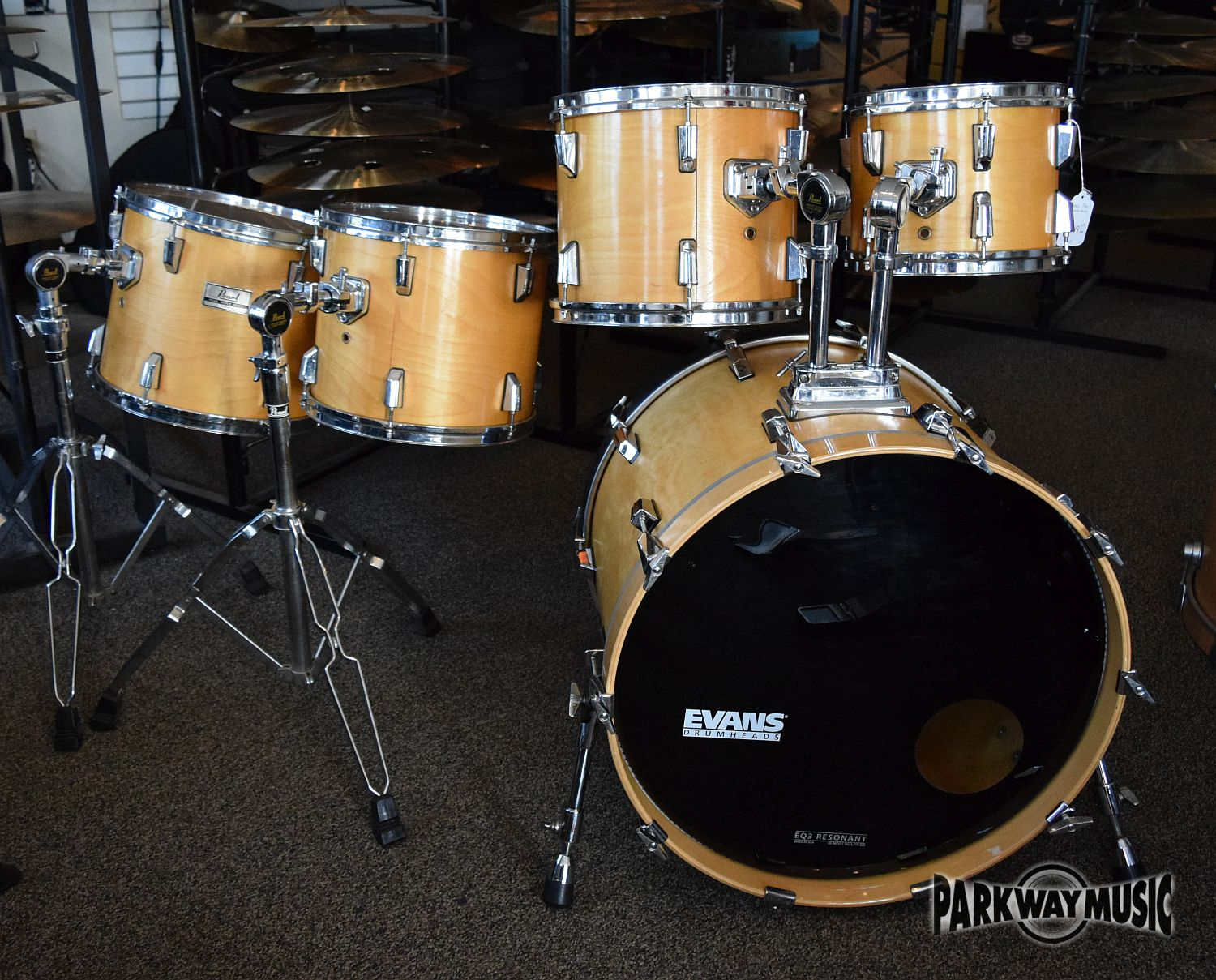 Pearl World Series 5pc Drum Set (USED) SOLD