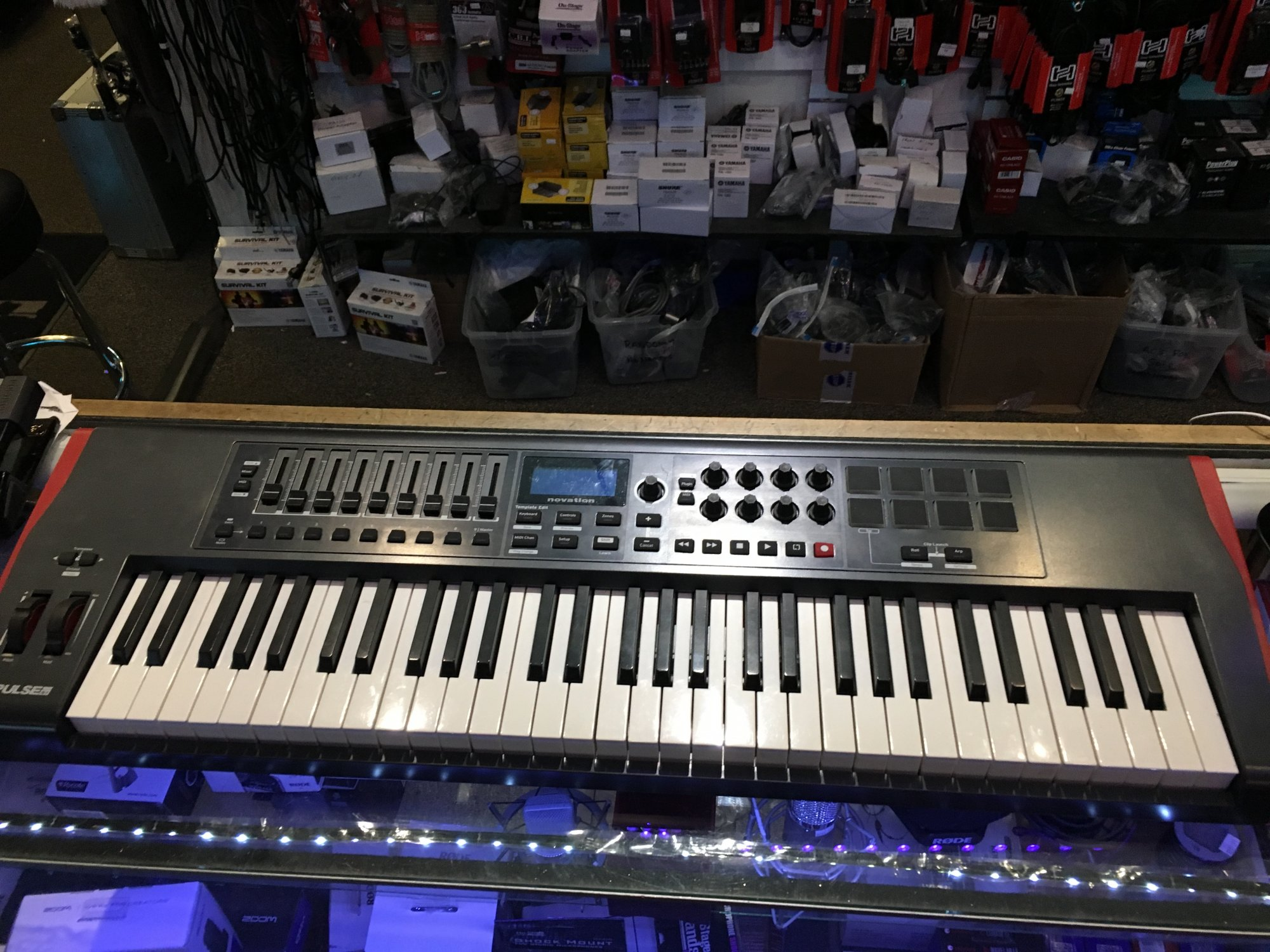 Novation Impulse 61 (USED)
