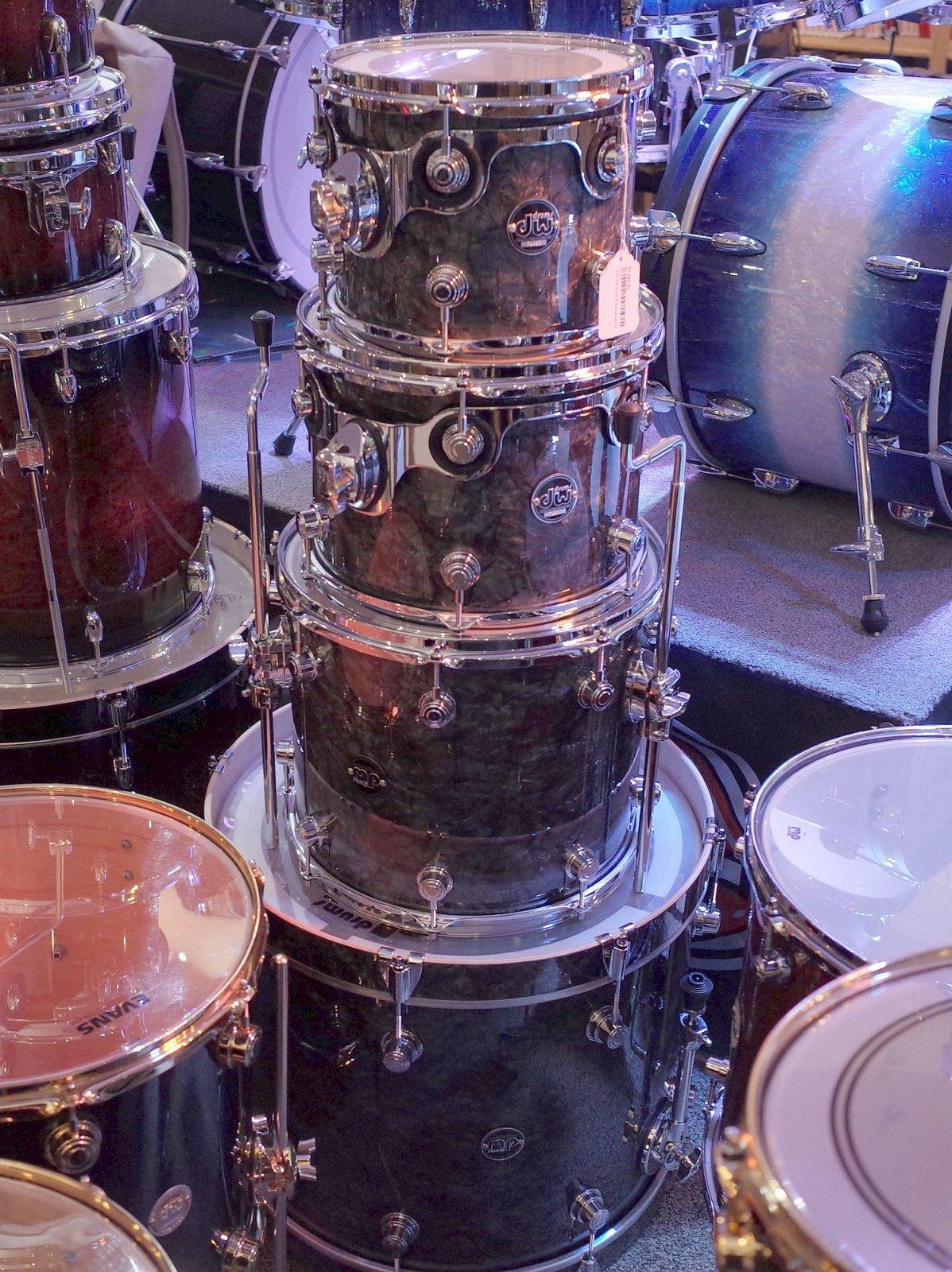 DW Performance Series 4pc Kit - Black Diamond Pearl