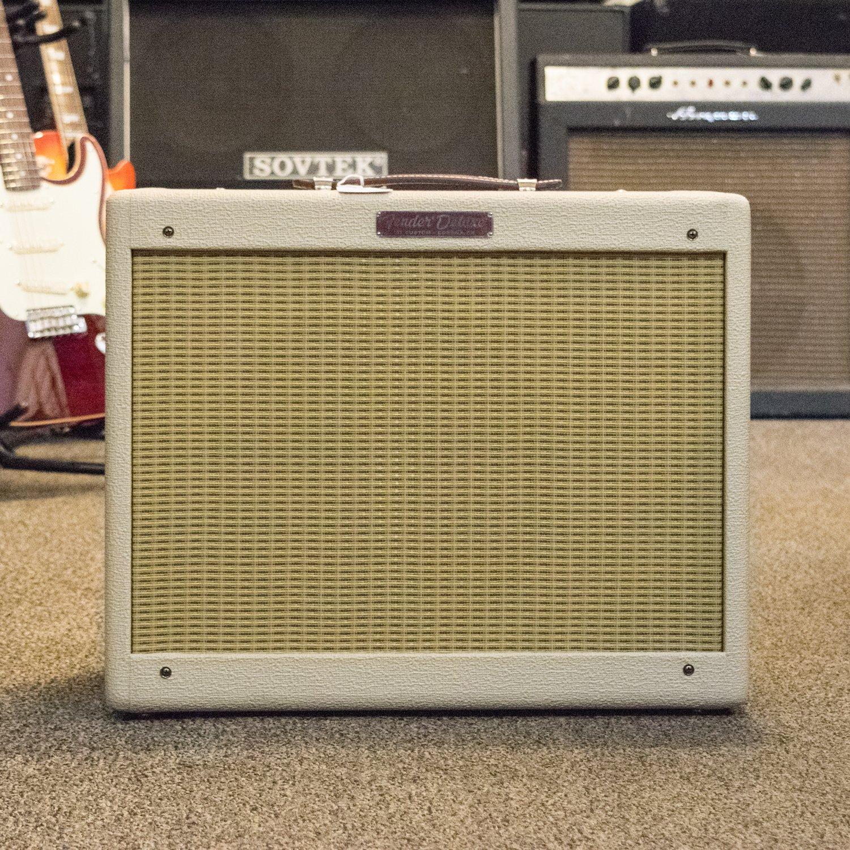 Fender '57 Custom Tweed Deluxe w/ Celestion Alnico Cream
