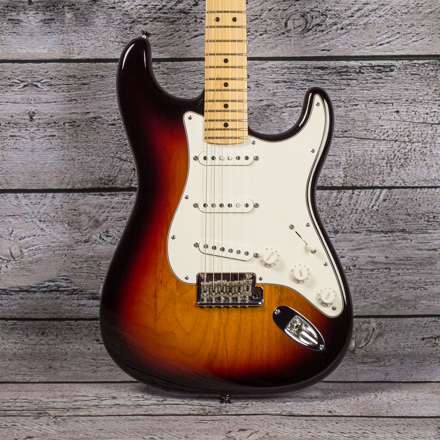 fender american standard stratocaster 2011 used. Black Bedroom Furniture Sets. Home Design Ideas
