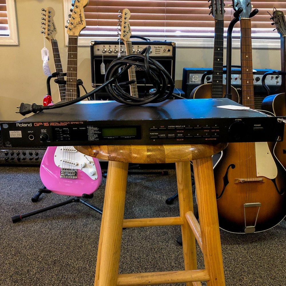 Roland GP-16 Digital Guitar Effects Processor (USED)