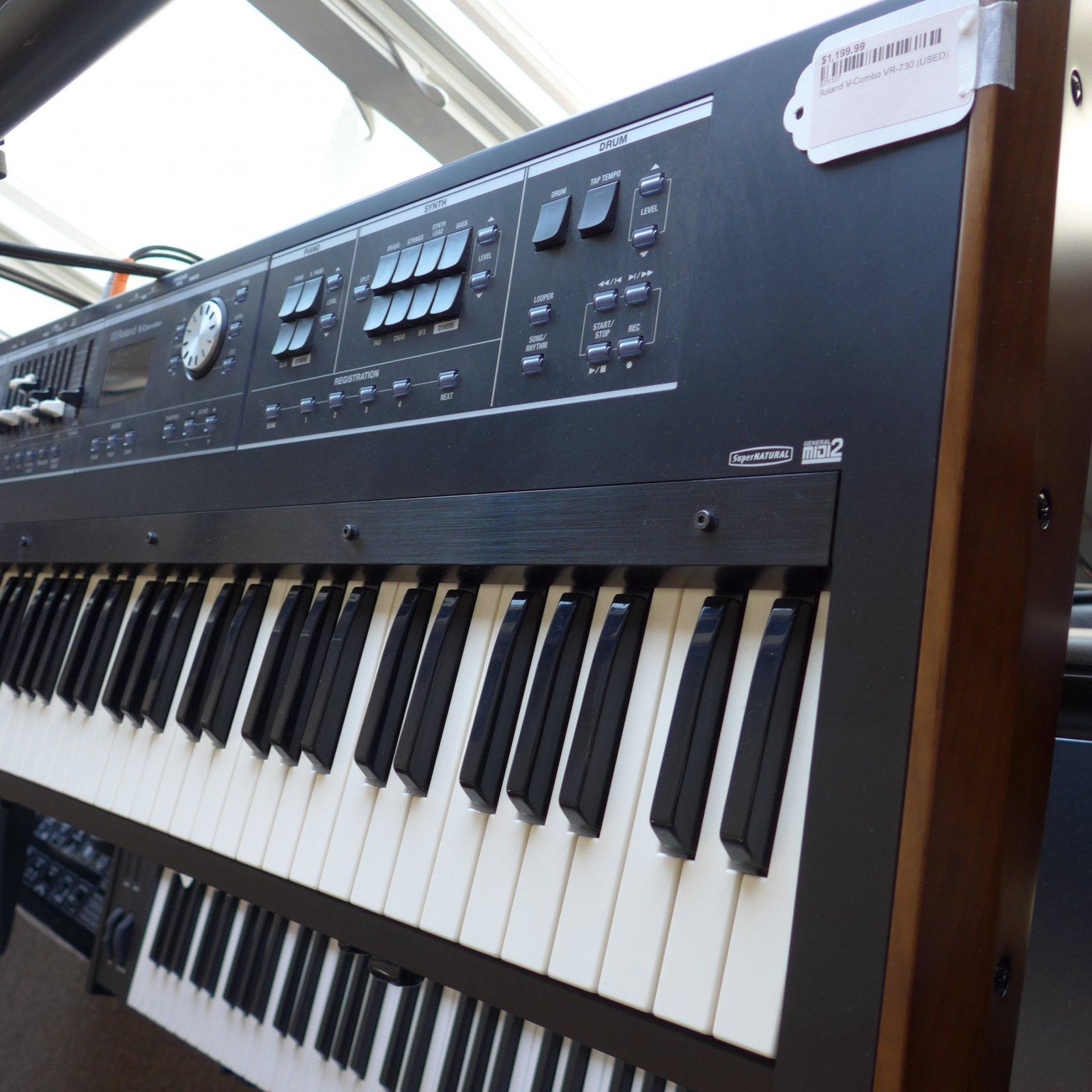 Roland V Combo VR 730 (Used)