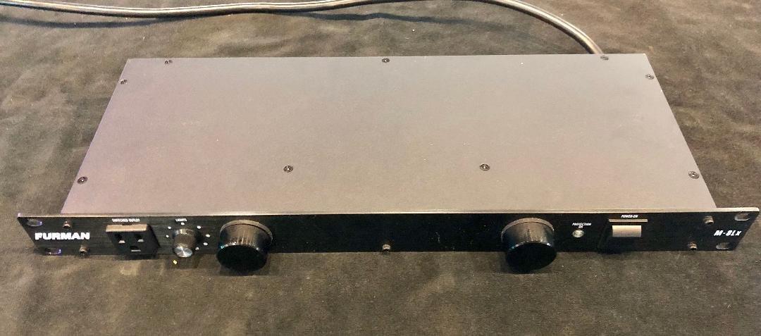 Furman M8-LX (USED)