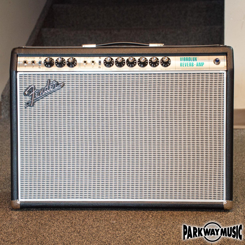 Fender '68 Custom Vibrolux Reverb Amp (USED)