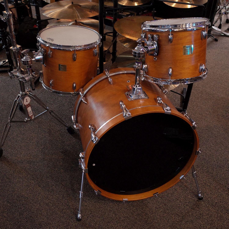 Yamaha Maple Custom Absolute 3pc Drum Set (USED)