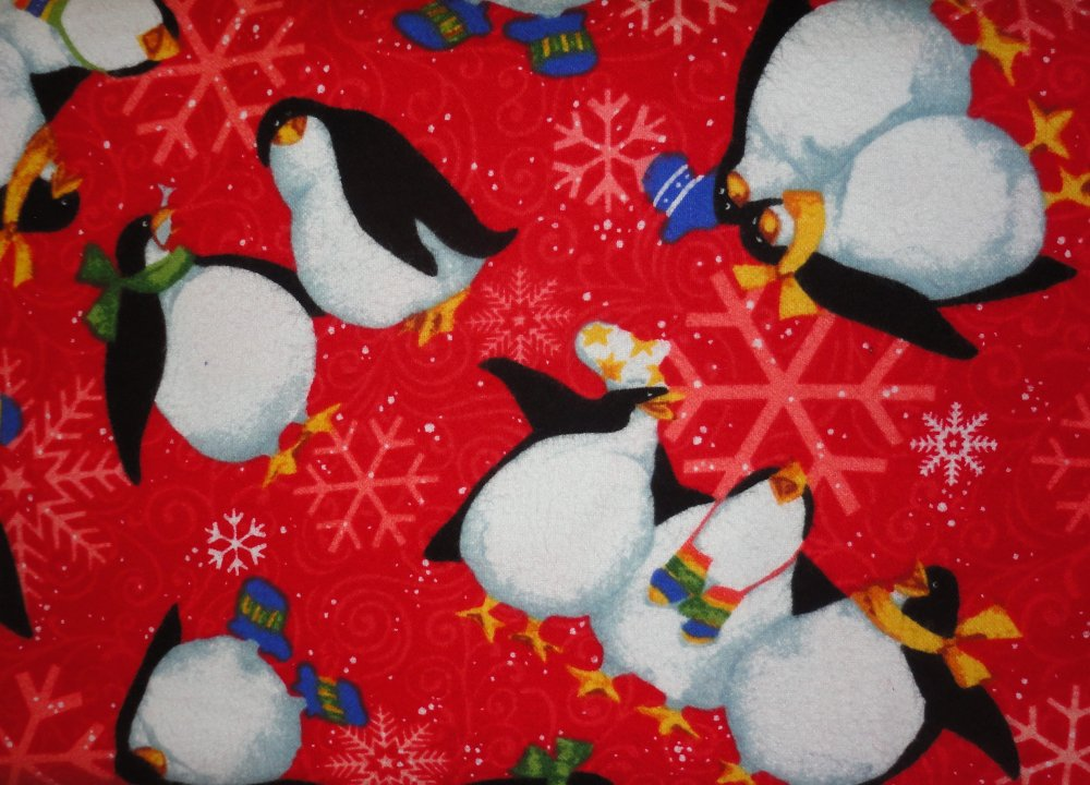 Roly Poly Penguine  Red  Y0807-4