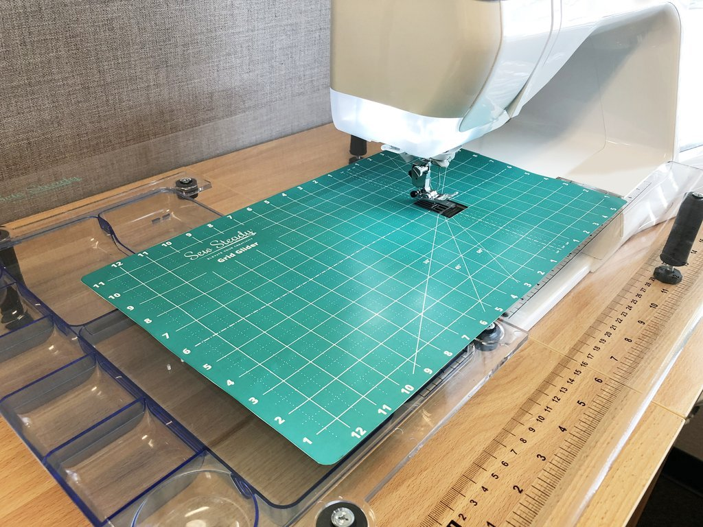 Sew Steady Grid Glider 12 x 20