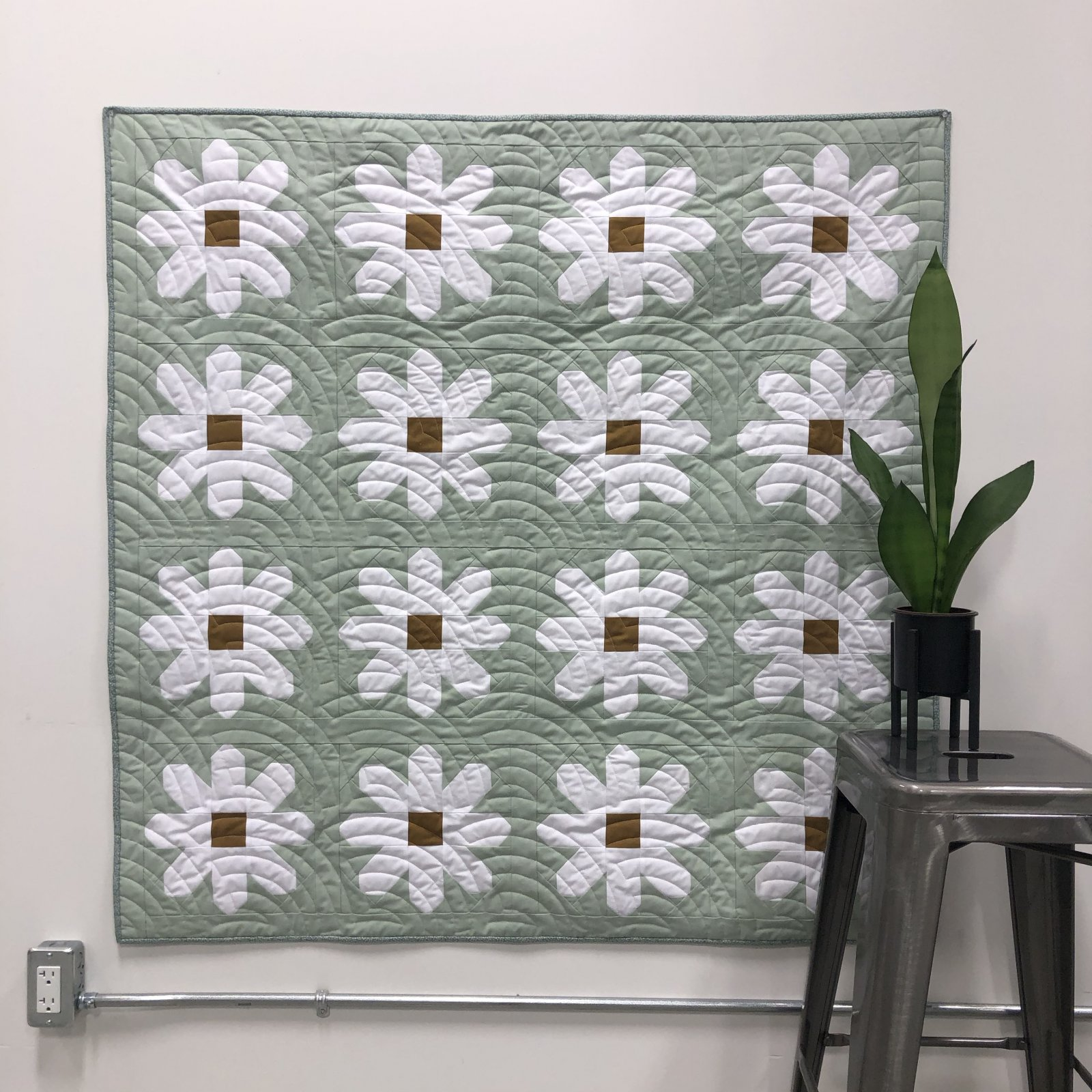 Fresh As A Daisy Baby Quilt Kit