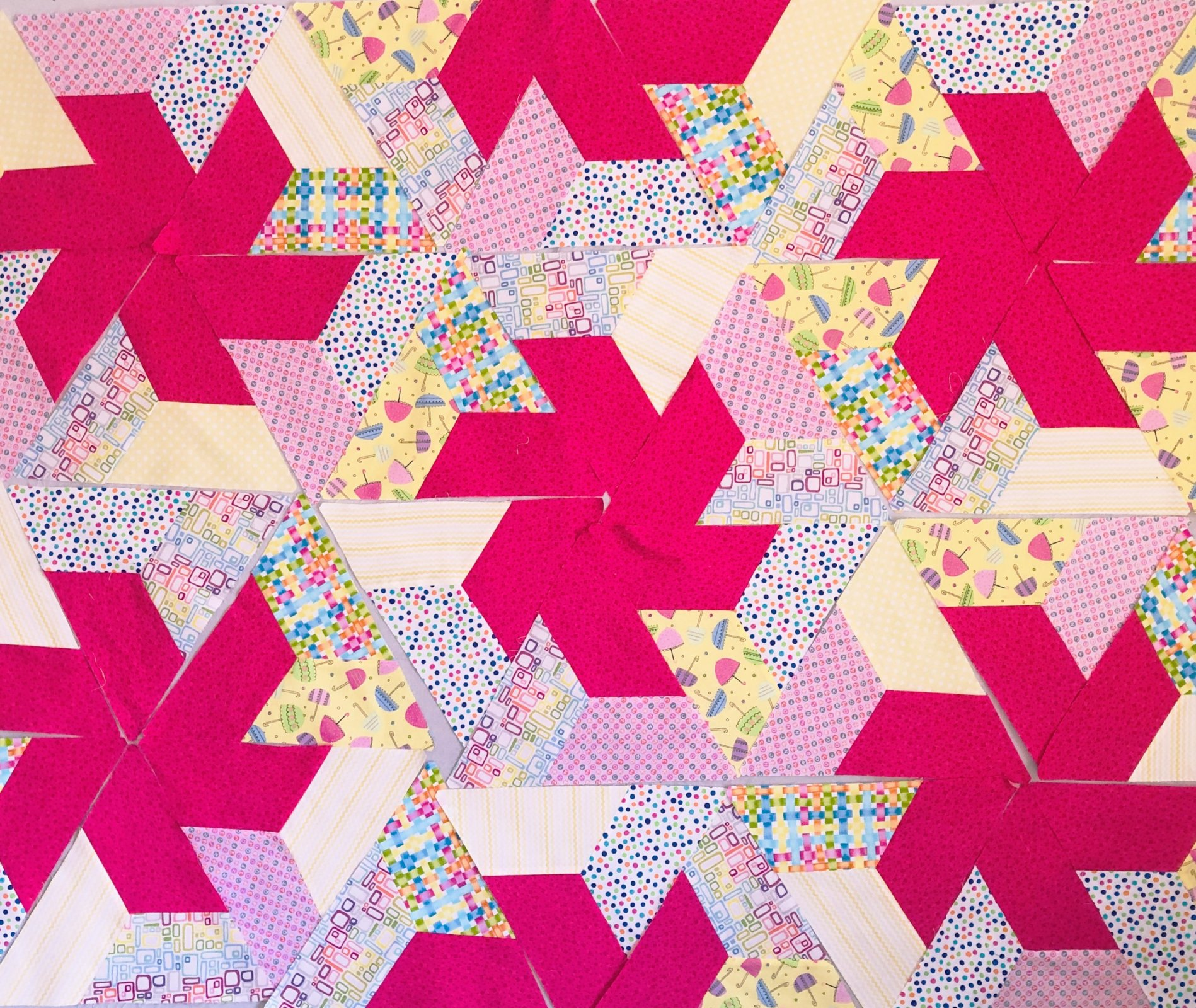 TWIRLING STAR BABY QUILT KIT