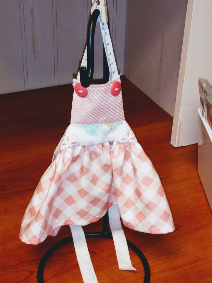 Kit - 18 Doll Apron